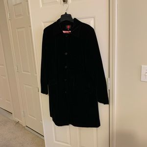 Gallery black velvet evening coat size 1X
